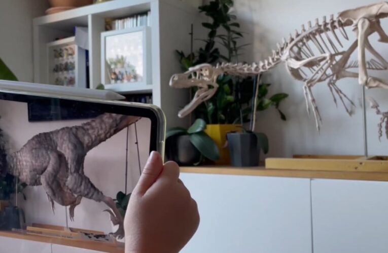 Watch: Man 3D-Prints Dinosaur for Daughter, Then Brings It to Life With AR